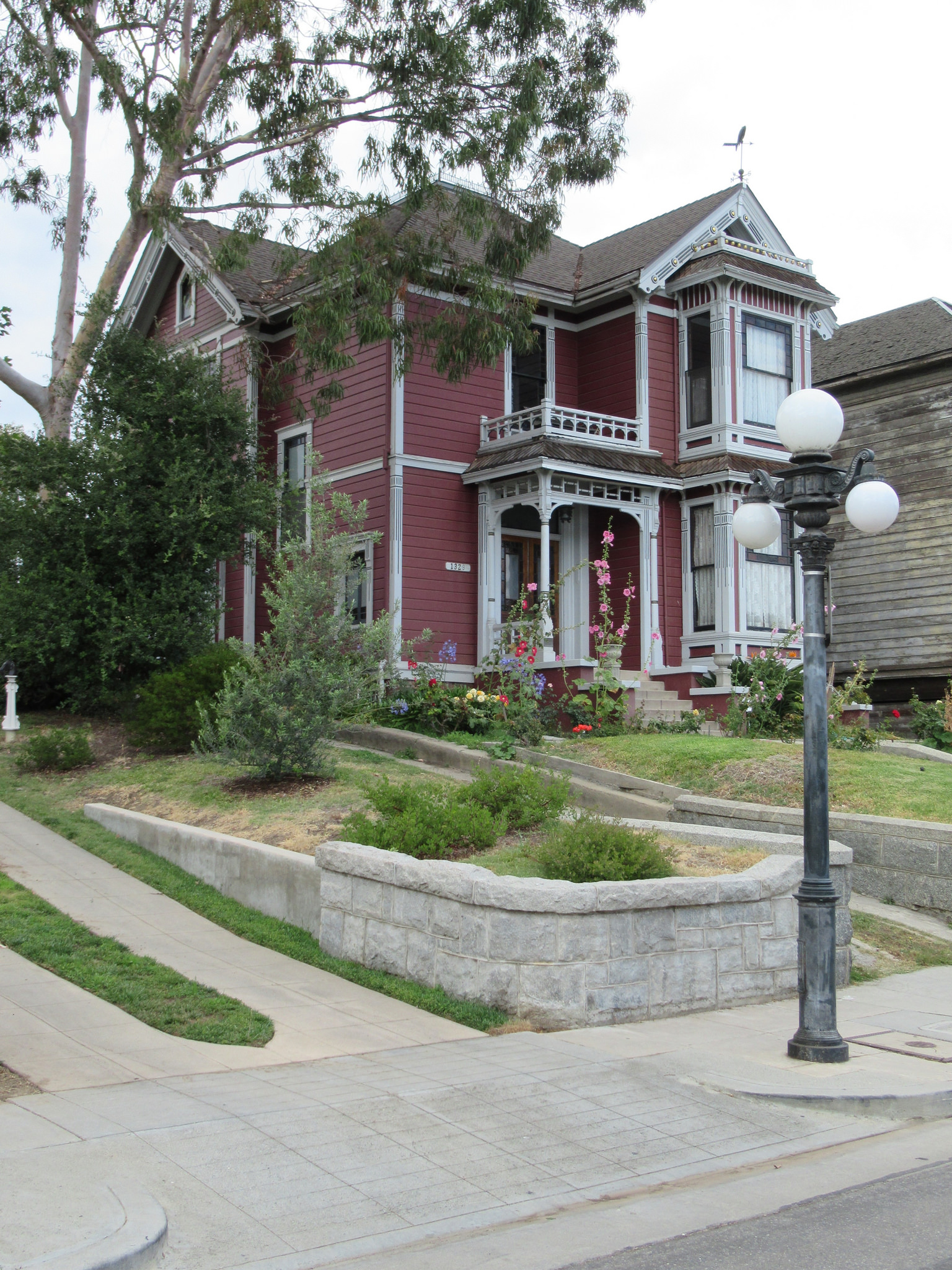 The Charmed House Where It Is In California Lokagraph